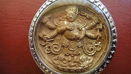 """西藏的擦擦""""白瑪哈嚘啦""""又叫""""大黑天白財神""""亦稱""""清淨財神"""""""