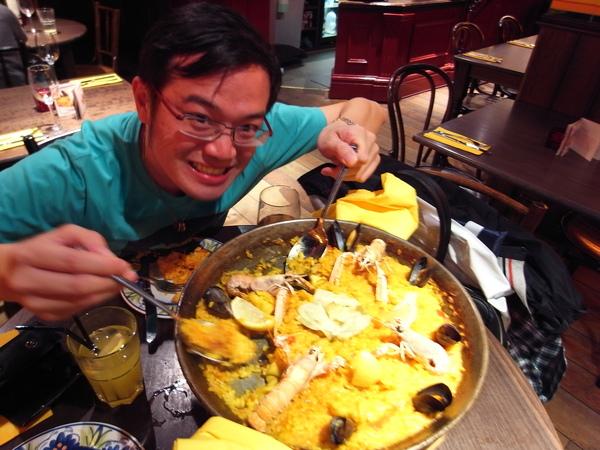 晚餐去吃了西班牙料理