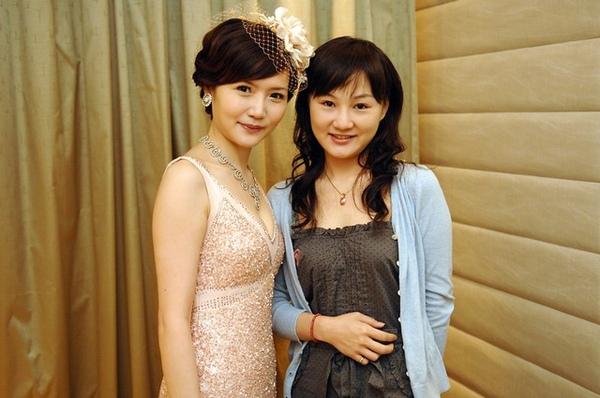 認識N年的高中同學~曉瑩