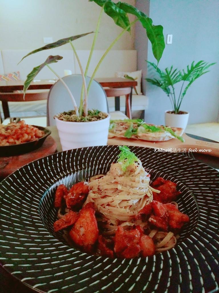 17小巨蛋美食Munchies Cafe美式餐酒館菜單.jpg