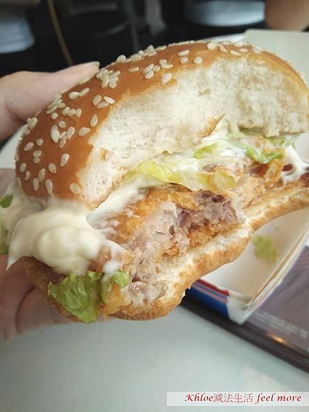 麥當勞搖搖樂雞腿排千島黃金蝦堡勁辣雞腿堡評價推薦11.jpg