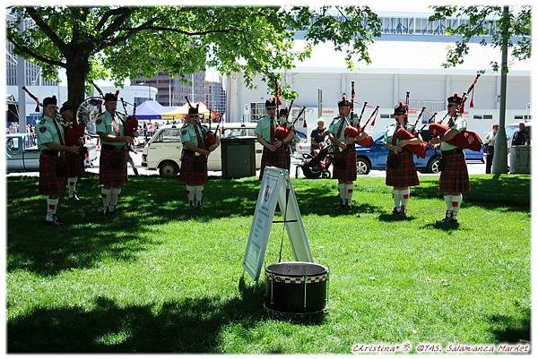 12 Scotland Band
