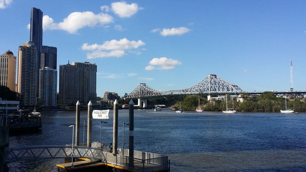 Pei yu Lin - Brisbane故事橋