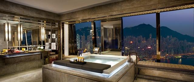 麗思卡爾頓套房 - 浴室