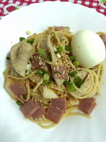 Diry Chang泡菜冷麵