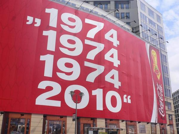 57325_1974-2010_122_260lo.jpg