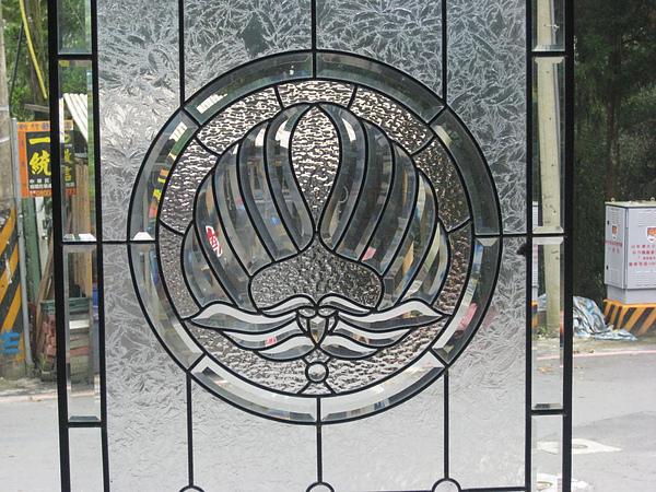 雅威-玻璃2