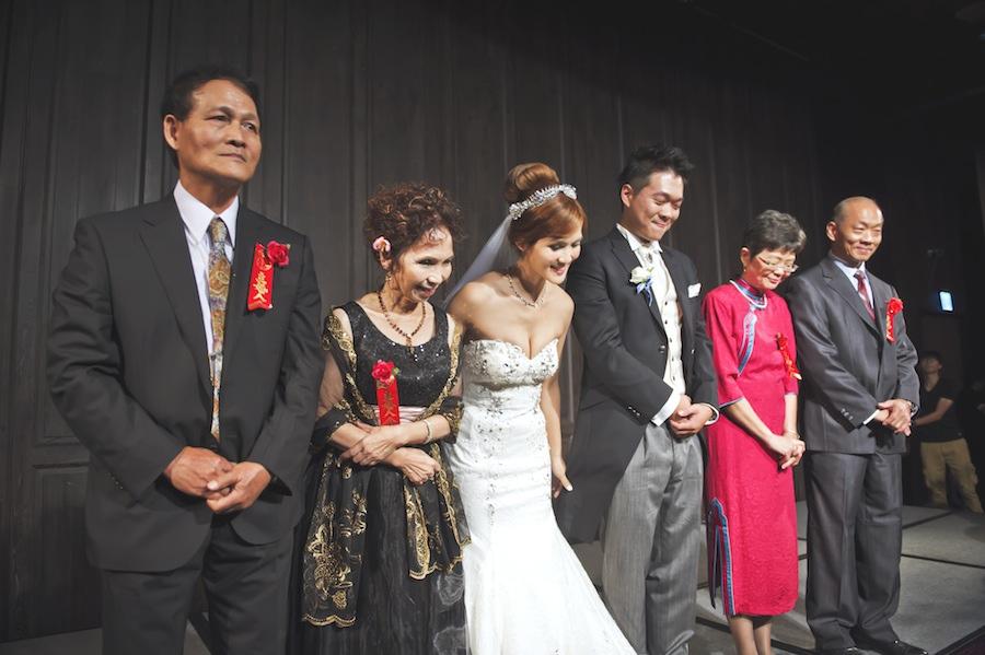 Jeff & Chelsa's Wedding486.jpg