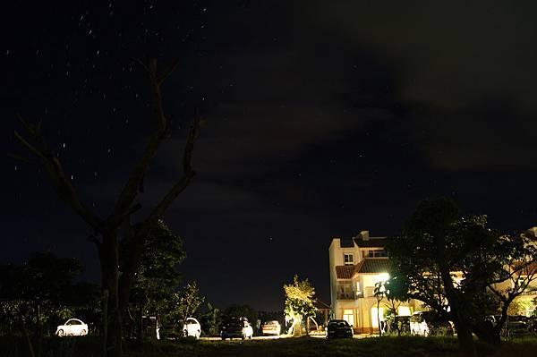 恆春蹦啾民宿的星星-2.jpg