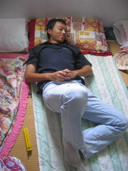 猛爺撩人的睡姿