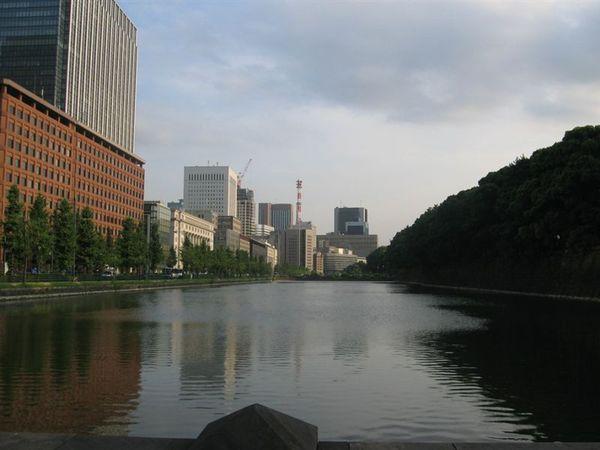 東京皇居的護城河