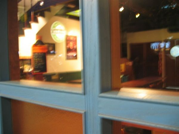 J's Bar,莫名奇妙找到的英式酒吧。