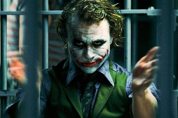 heath-ledger-joker-clapping-196282.jpg
