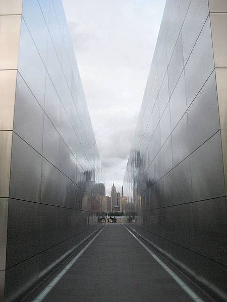 9-11_Memorial_2_-_panoramio.jpg