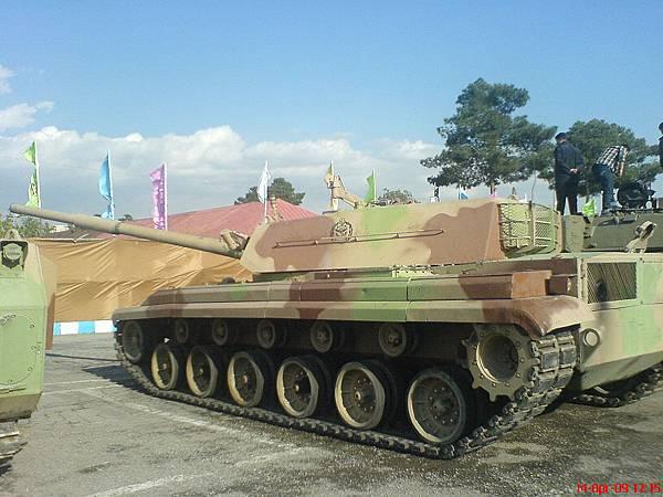 1024px-Zulfiqar_Tank_-_Side_View