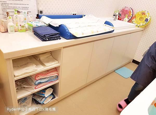 台北嬰兒游泳3.jpg