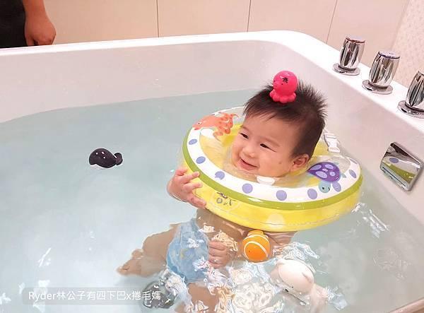 台北嬰兒游泳12.jpg