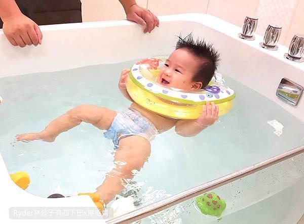 台北嬰兒游泳7.jpg