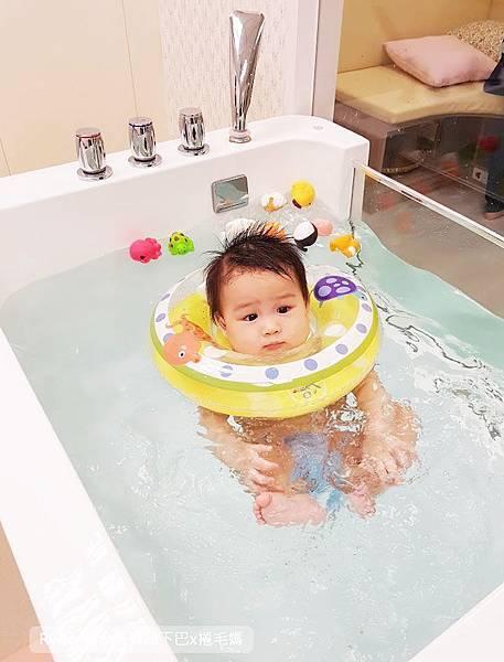 台北嬰兒游泳24.jpg