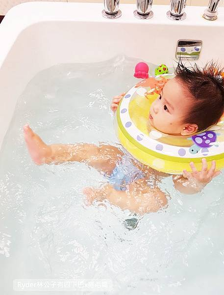 台北嬰兒游泳25.jpg