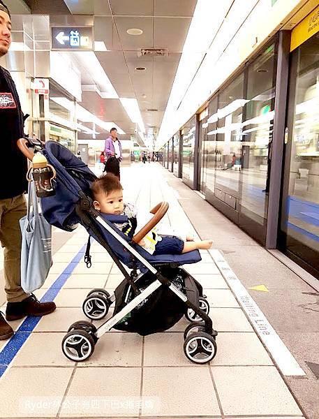 輕便嬰兒推車Oslo mini45.jpg