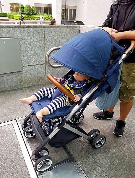 輕便嬰兒推車Oslo mini3.jpg