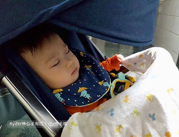 輕便嬰兒推車Oslo mini67.jpg