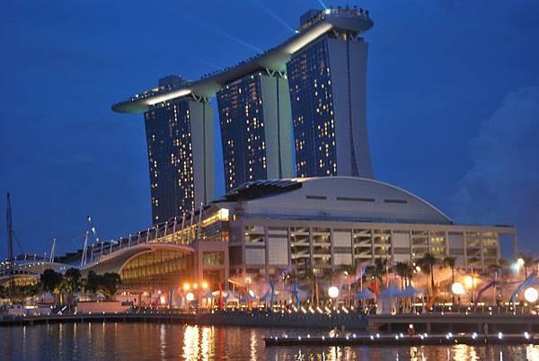 singapore-marinabaysands-night