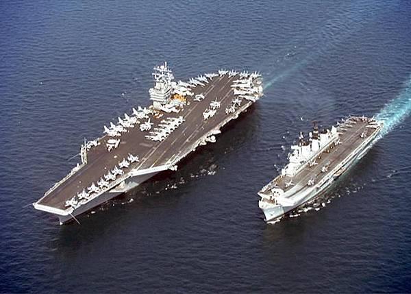 SHIP_CV-74_USS_Stennis_and_CV_HMS_Illustrious_lg