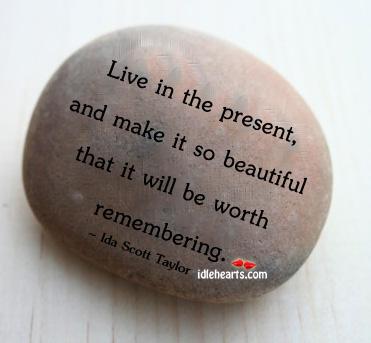 live-in-present