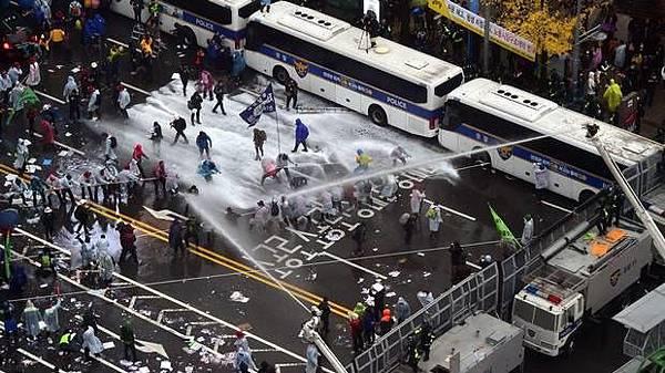 south-korea-protest-1114