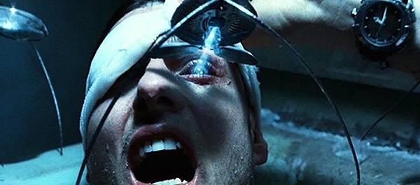 minority-report-2002-movie-tom-cruise-john-anderton-eye-surgery-spider-scene-probe-review