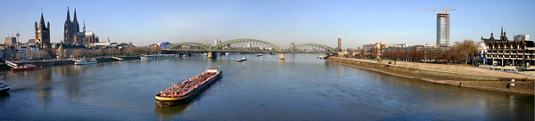 Panorama_cologne_20050114.jpg