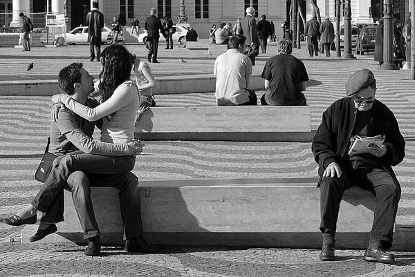 T71_0235a_Lisbon_Generation Gap.jpg
