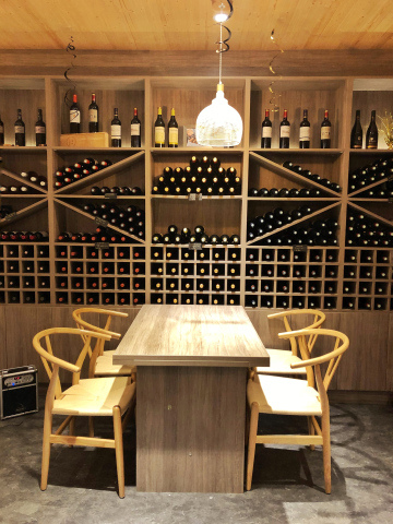 taipei-wine-discovery-seating.jpg
