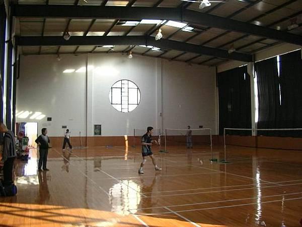 杭州現代羽球館-在現代小學