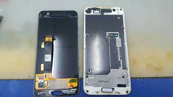 27. HTC M9+ A9 更換電池+加尾插3.jpg
