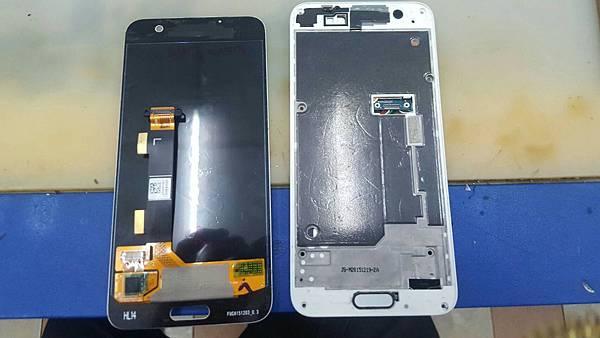 27. HTC M9+ A9 更換電池+加尾插4.jpg