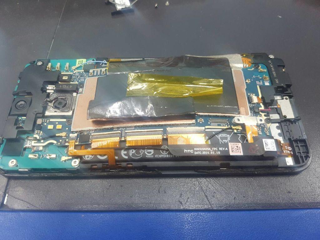 47.蝴蝶2 B810X 電池膨脹行動炸彈-2.jpg
