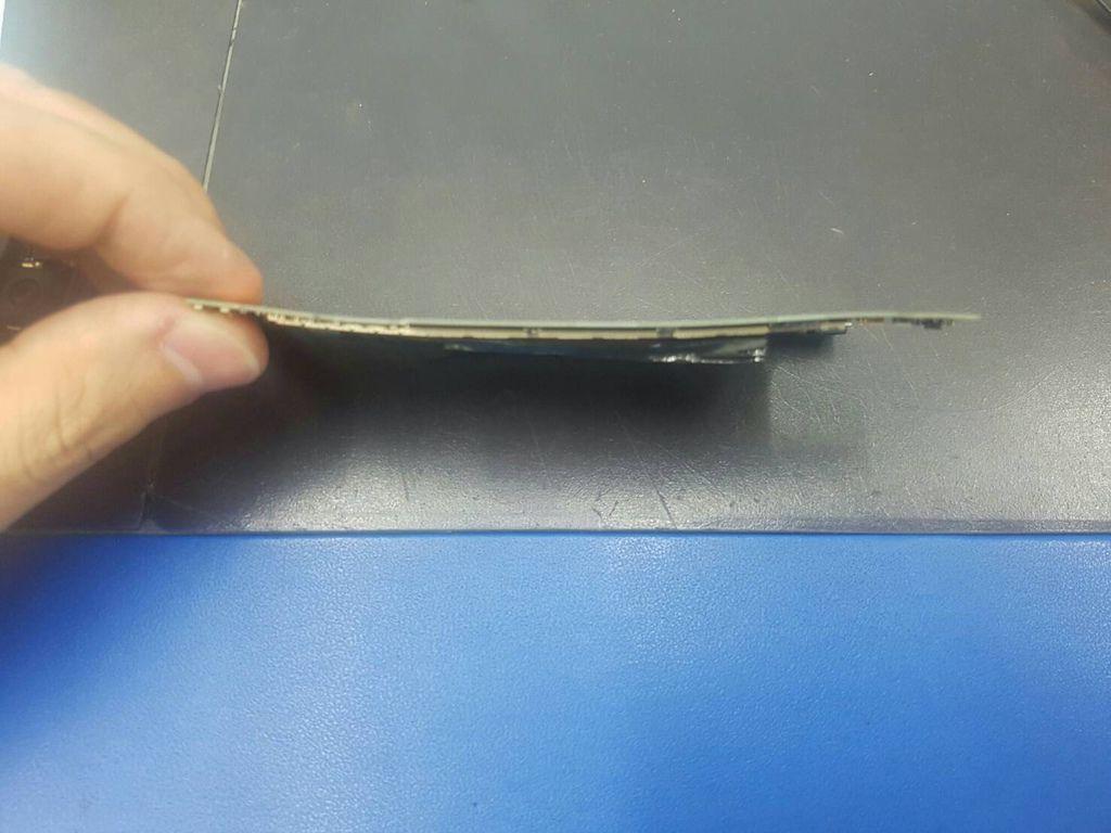 47.蝴蝶2 B810X 電池膨脹行動炸彈-4.jpg