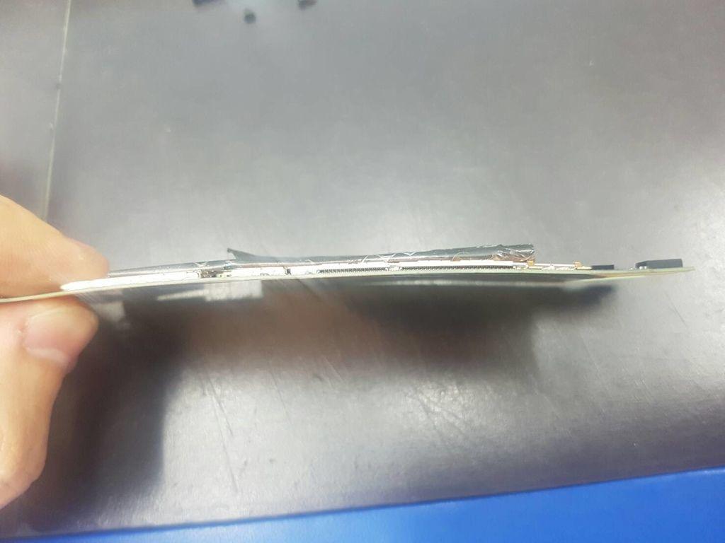 47.蝴蝶2 B810X 電池膨脹行動炸彈-7.jpg