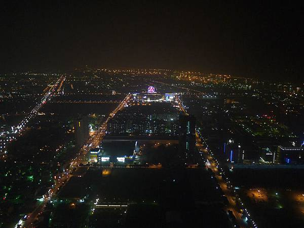 85大樓夜景2.jpg