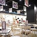 goodsmilecafe-akiba-2.jpg