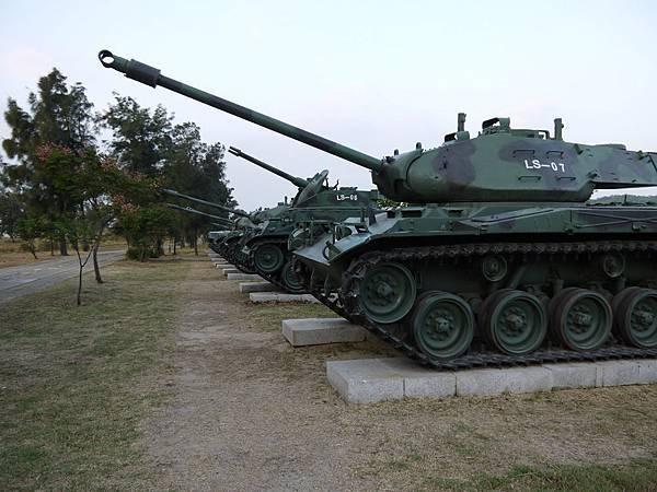 1026烈嶼戰甲車陳設