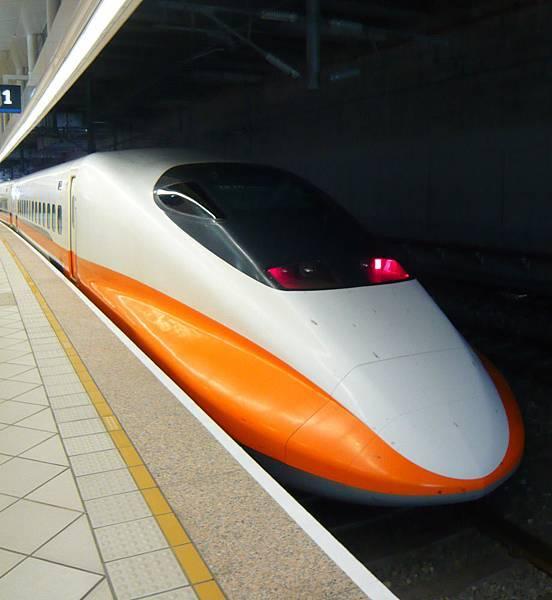 高鐵車頭.jpg