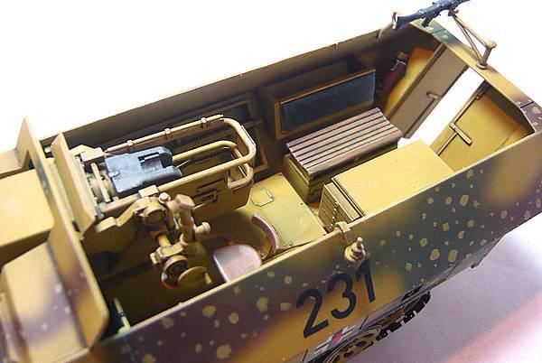 251 9D-12.jpg