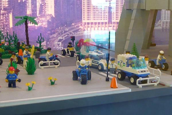 LEGO市民們.jpg