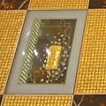 英皇酒店的金磚.jpg