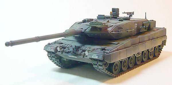 leopard2-1.jpg