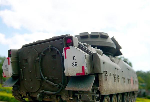 M2-8.jpg